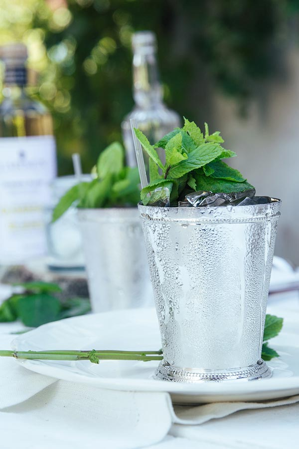 sugar lemon cocktail mojito